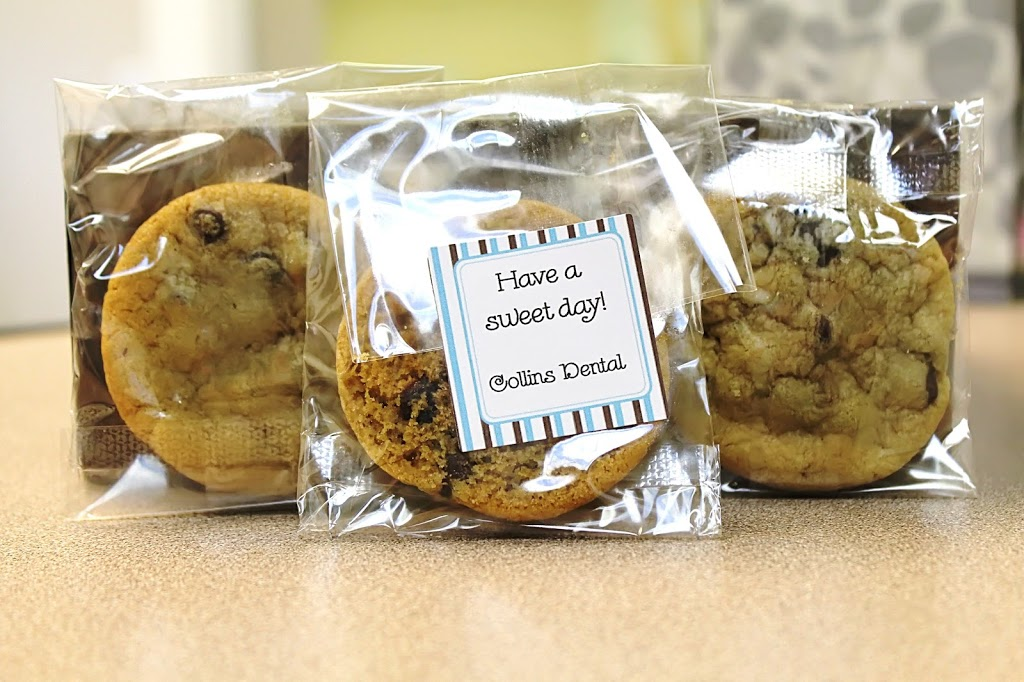 Complimentary chocolate chip cookies in individually wrapped bags